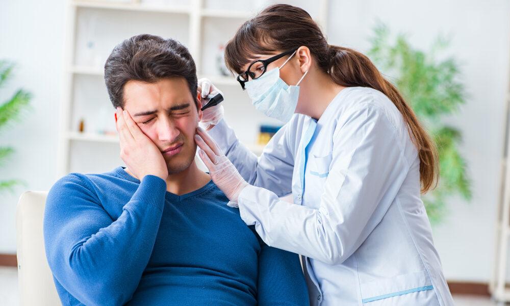 Descrição: Quando procurar um otorrinolaringologista? - Clínica Garrafa