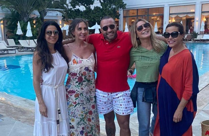 Simone Saad, Crhis Abrão, Rafael Protein, Fernanda Barbosa e Nacisa Tamborindeguy
