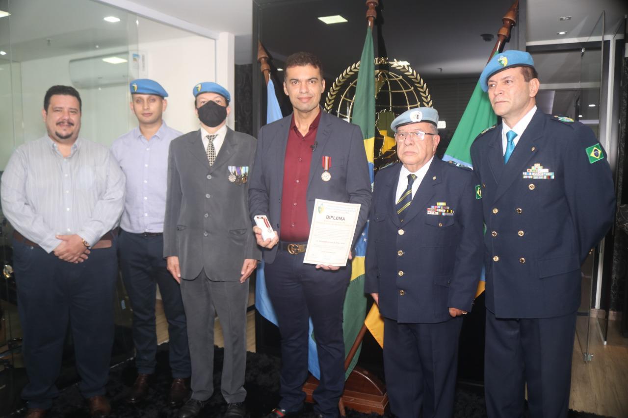 Condecorado pela ONU do Empresário Martinelly Santos
